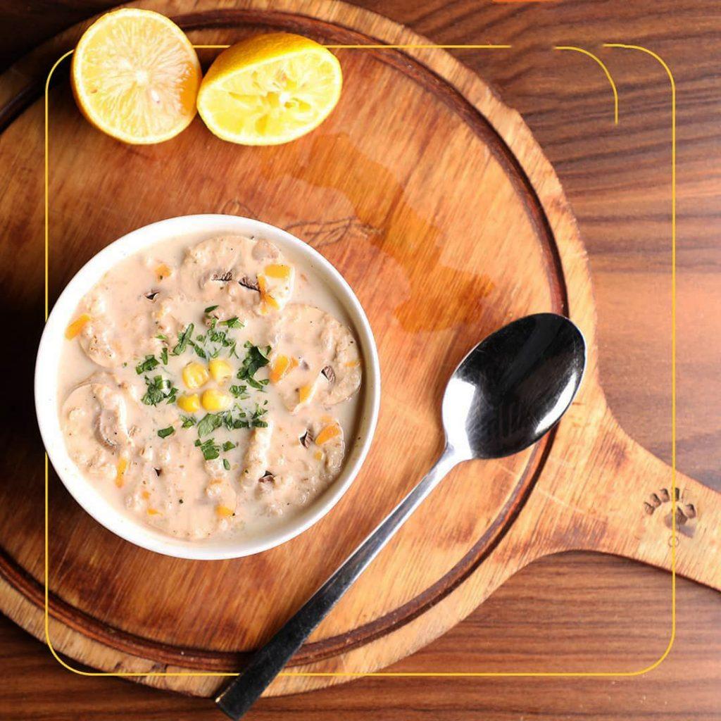 طرز تهیه سوپ شیر و خامه و قارچ با جو پرک
