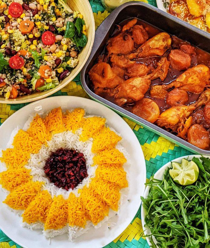 طرز تهیه و دستور پخت خورشت الو بخارا به همراه برنج