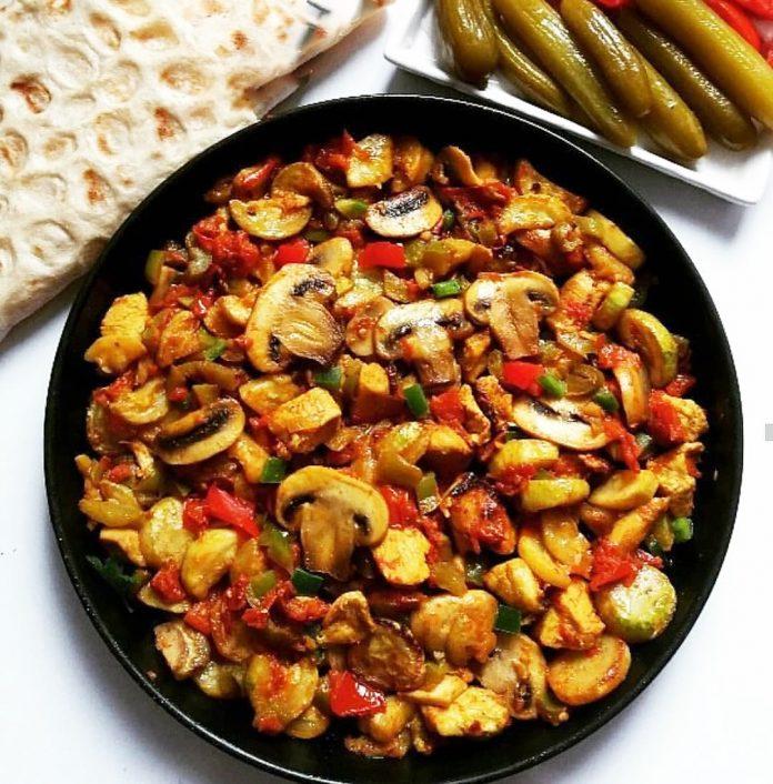 طرز تهیه خوراک سیب زمینی و قارچ