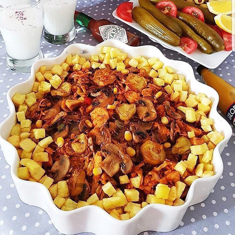 خوراک سیب زمینی و قارچ