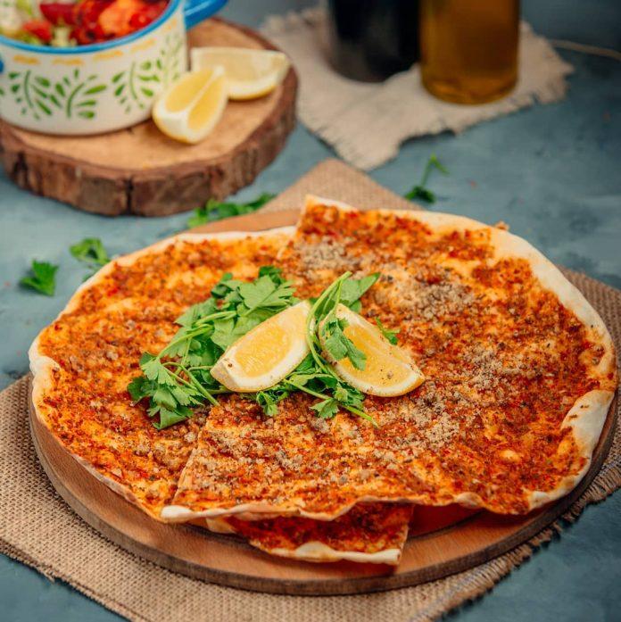 پیتزا لاهماجون ترکیه