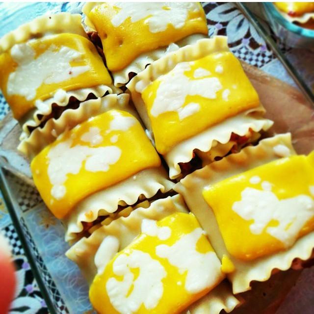 لازانیا لقمه ای همراه با ژامبون و پنیر ورقه ای