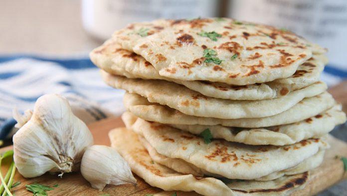 طرز تهیه و دستور پخت نان هندی ماهی تابه ای