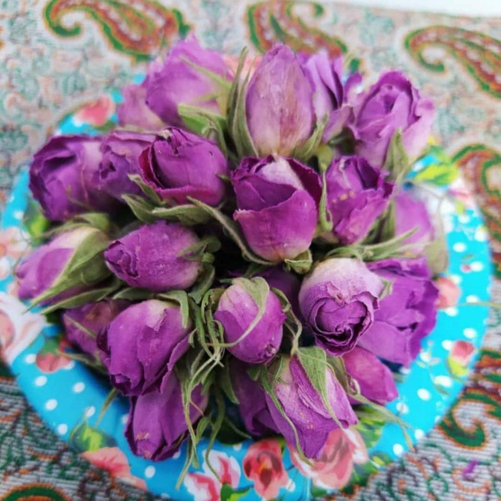 طرز تهیه دمنوش گل محمدی