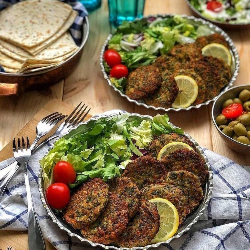 طرز تهیه کوکو تن ماهی