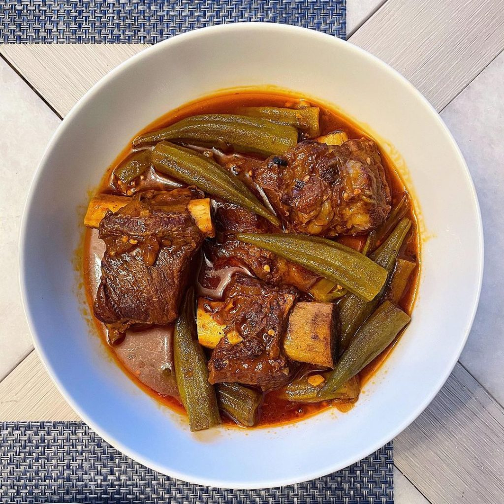 طرز تهیه خورشت بامیه با گوشت