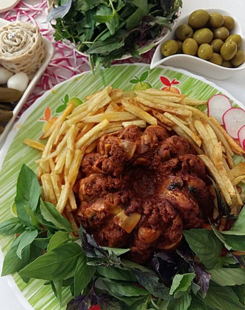 طرز تهیه خوراک گوشت و قارچ